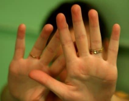 אלימות במשפחה - עורך דין גירושין רן רייכמן